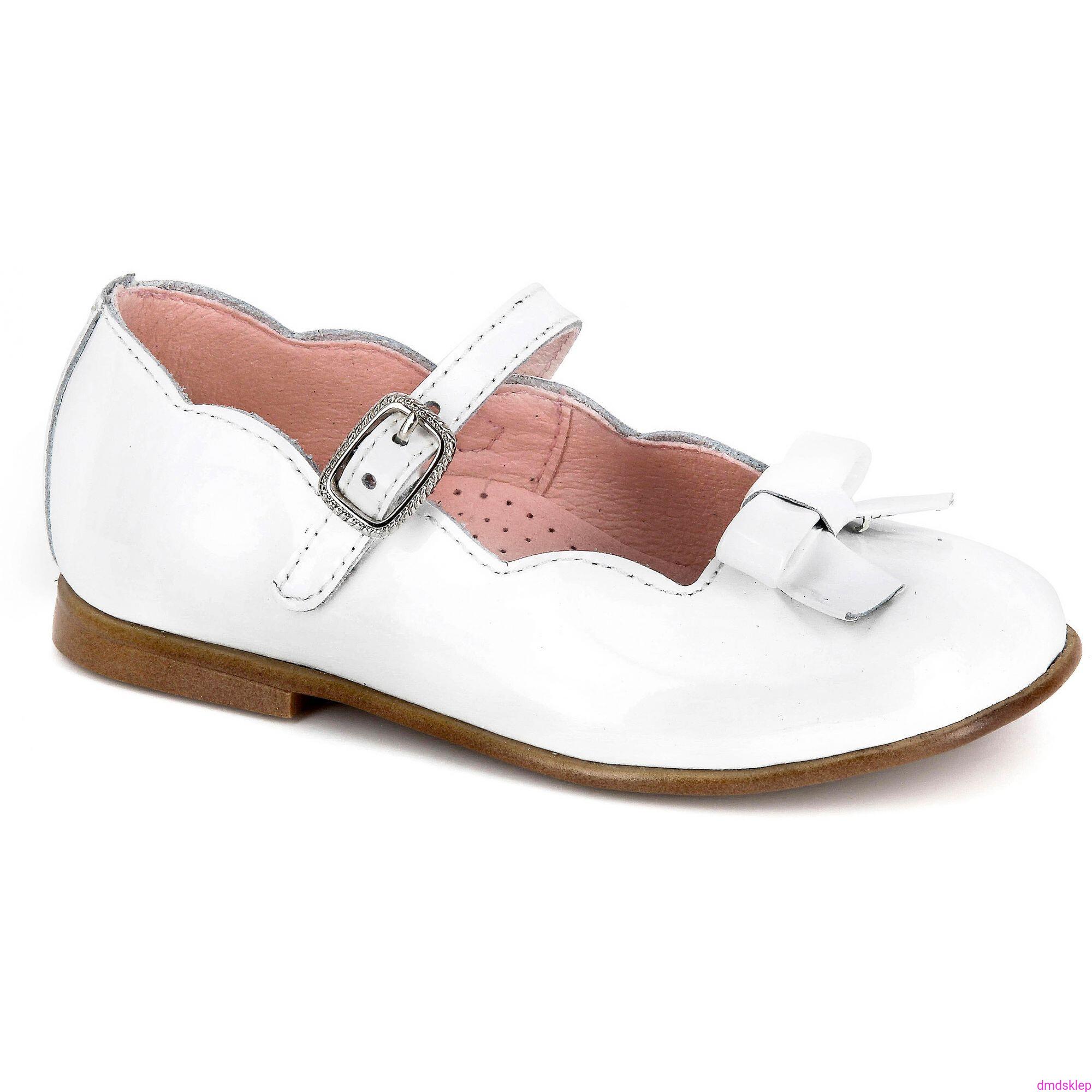 d67d95f7f4 Lakierowane Buty komunijne dla dziewczynki Pablosky 324109 kolor biały r33.  324109.jpg